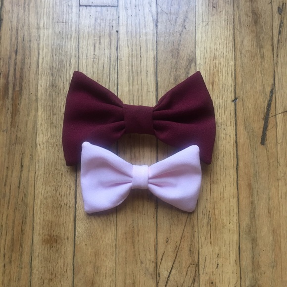 American Apparel Accessories - American Apparel | Pair of Bow Tie Hair Cl…